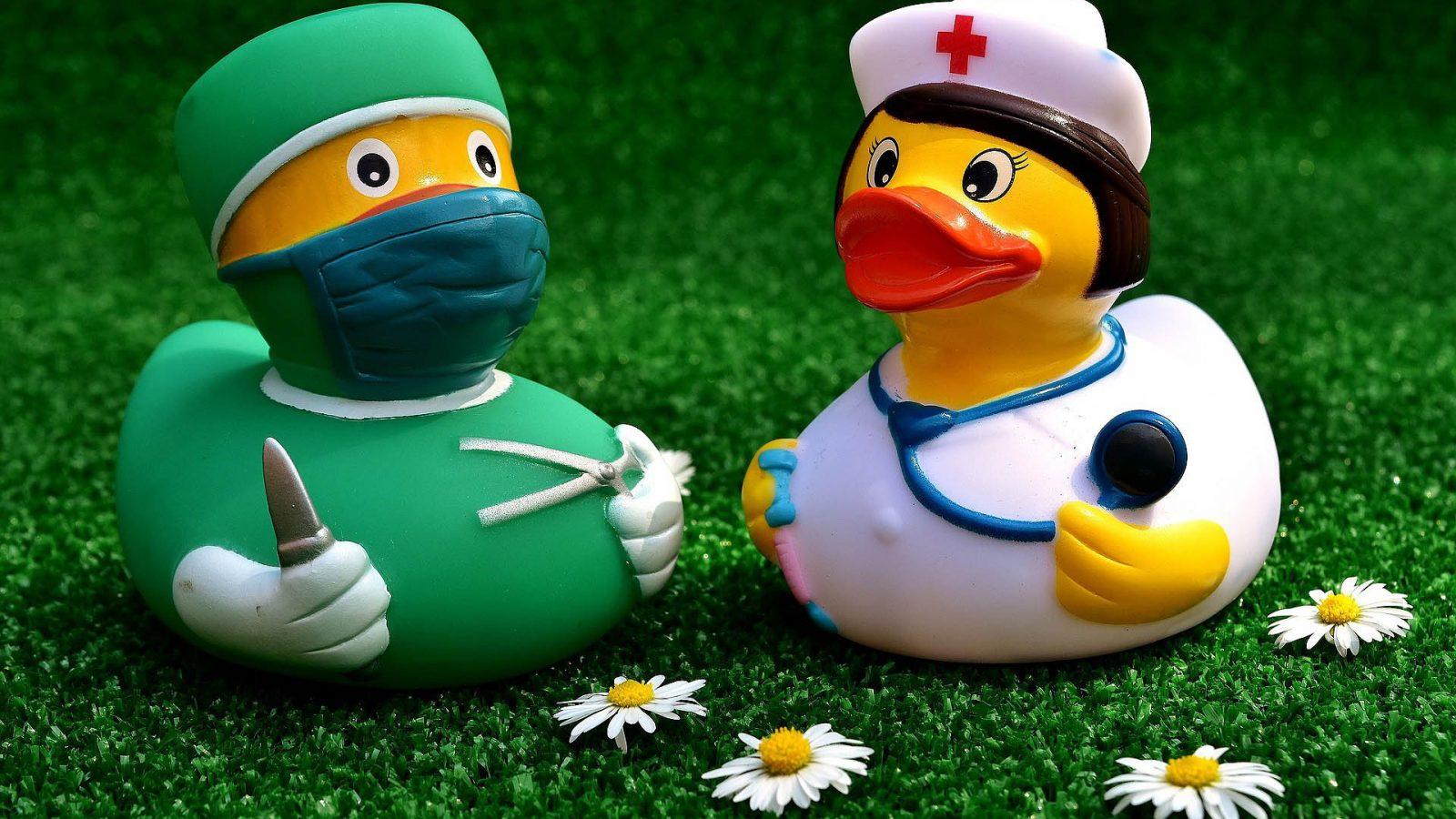 nurse gifts - nurse rubber duckies